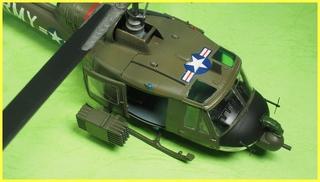 1/72 UH-1B ヒューイ P2020306s.JPG